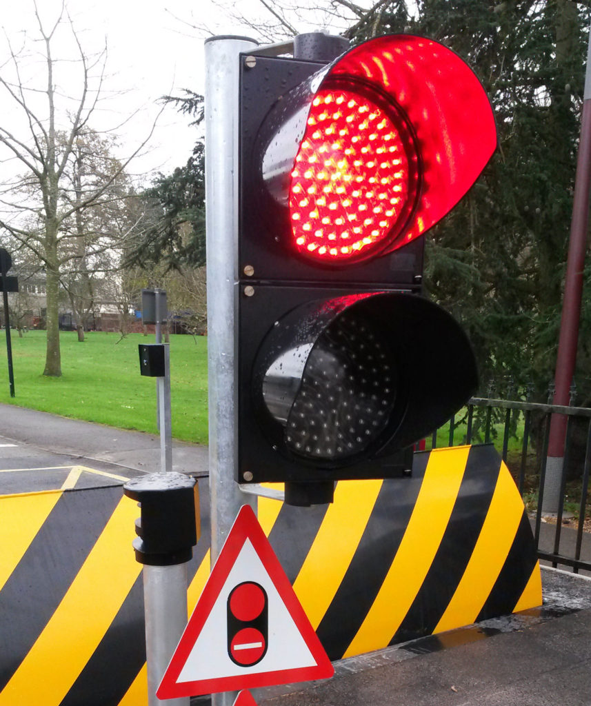 Traffic Light Controller In Xilinx: Access Control